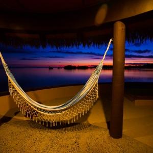 fiji resorts on water