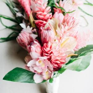 Floral-Arrangement-pink